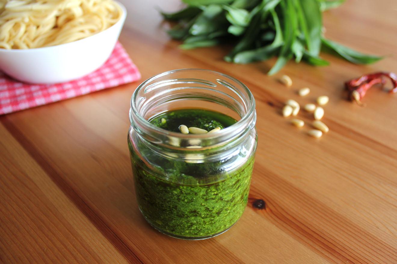 Bärlauchpesto – veganes Rezept zum Selbermachen