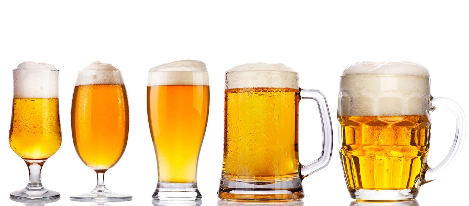 bier in bierkrügen