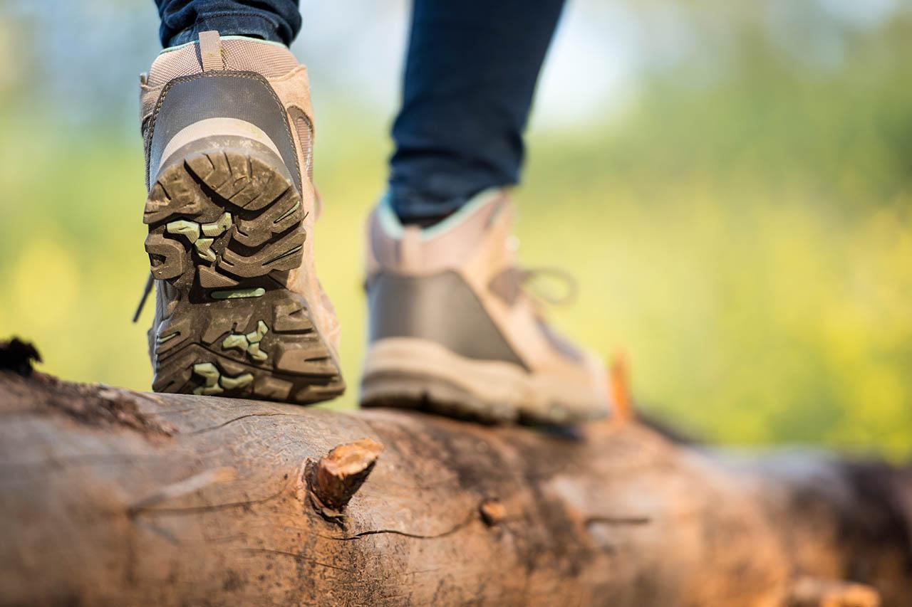 Vegane Wanderschuhe – die 6 besten Schuhe ohne Leder