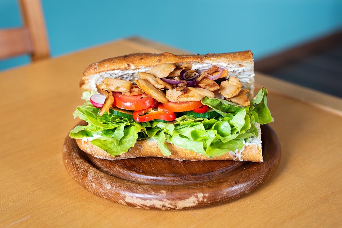Veganes Sandwich: schnell und einfach selbst gemacht | Rezept