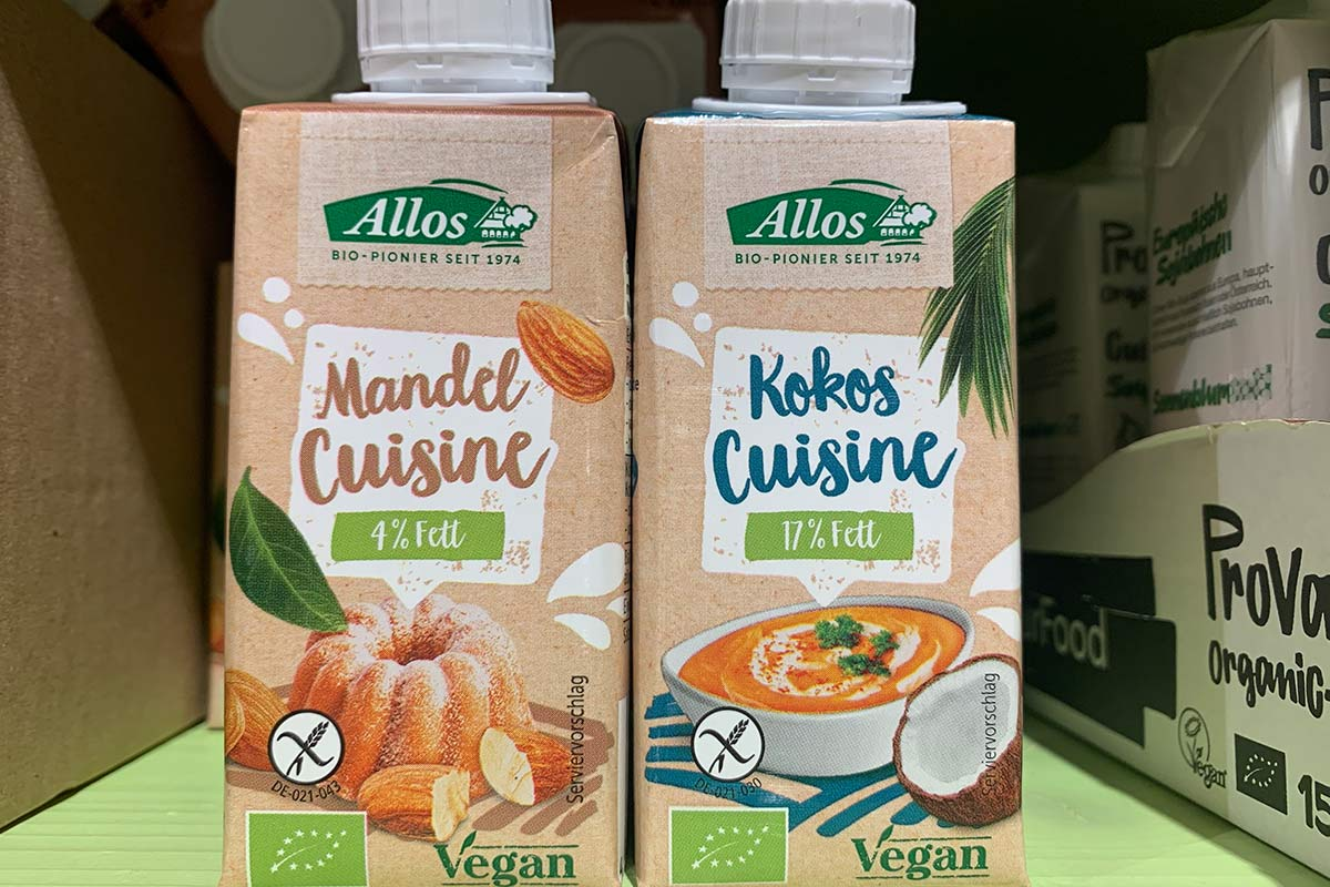Zwei Allos Mandel Cuisine als Sahne Alternative