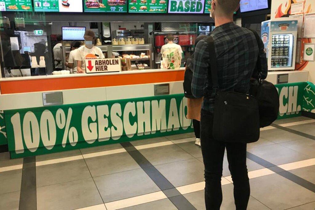 Schalter Burger King Pop-Up-Store Köln